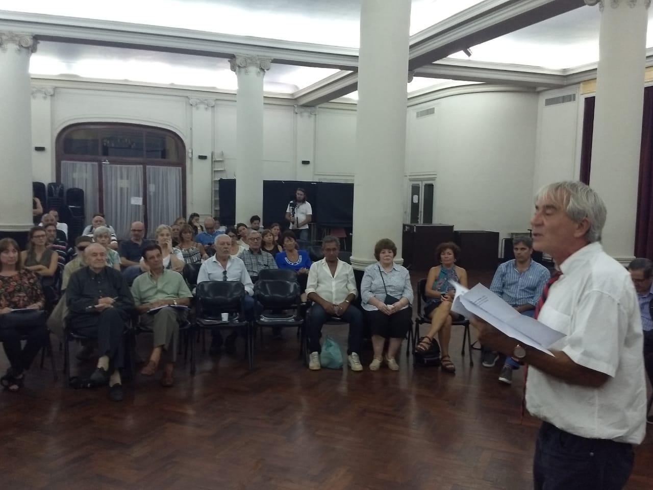 Primer reconocimiento científico de un Ente Regulador de Argentina al Derecho de Jarras de Agua en la Vida Urbana